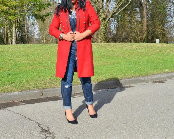 red_coat_3