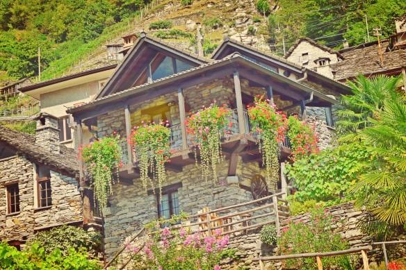 stonehouses_ascona